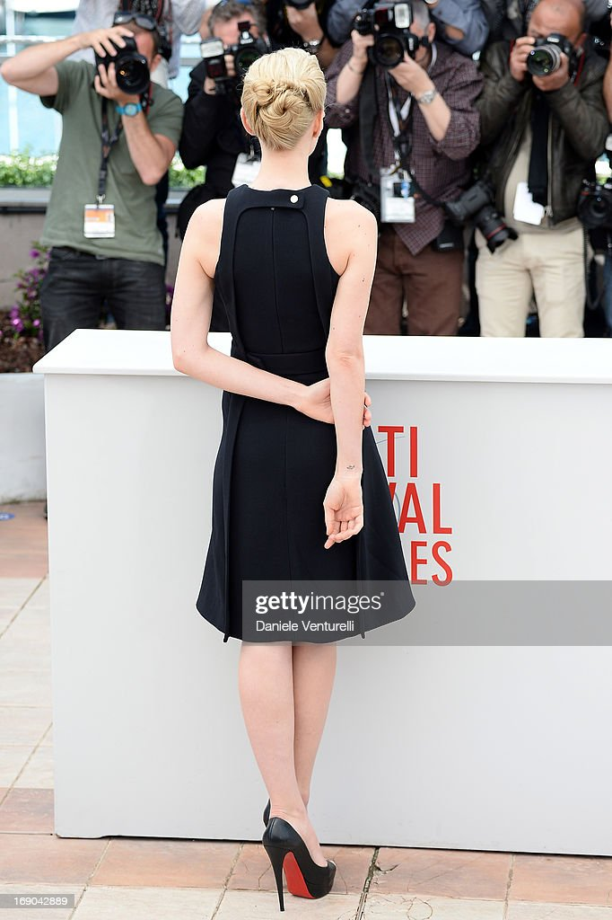 Actress Carey Mulligan attends the photocall for 'Inside Llewyn Davis' during the 66th Annual Cannes Film Festival at Palais des Festivals on May 19, 2013 in Cannes, France.