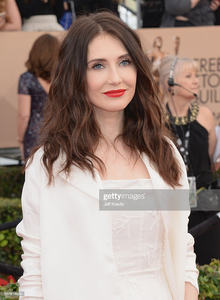 Actress <a gi-track='captionPersonalityLinkClicked' href=/galleries/search?phrase=Carice+van+Houten&family=editorial&specificpeople=2641238 ng-click='$event.stopPropagation()'>Carice van Houten</a> attends the 22nd Annual Screen Actors Guild Awards at The Shrine Auditorium on January 30, 2016 in Los Angeles, California.