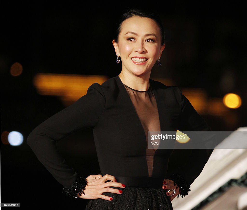 Actress <a gi-track='captionPersonalityLinkClicked' href=/galleries/search?phrase=Carina+Lau&family=editorial&specificpeople=663580 ng-click='$event.stopPropagation()'>Carina Lau</a> arrives at the red carpet of the 55th Asia-Pacific Film Festival at Venetian Macao Resort Hotel on December 15, 2012 in Macau, Macau.