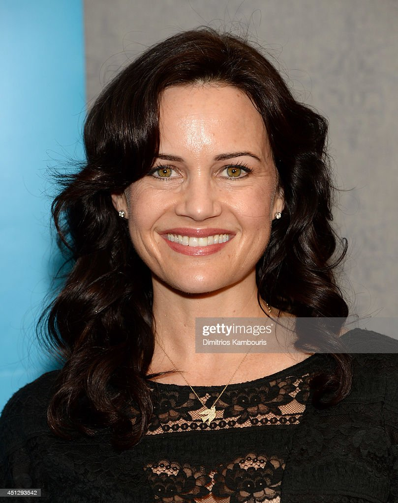 Actress <a gi-track='captionPersonalityLinkClicked' href=/galleries/search?phrase=Carla+Gugino&family=editorial&specificpeople=207137 ng-click='$event.stopPropagation()'>Carla Gugino</a> attends Deepak Chopra co-hosts the premiere of 'Meena' directed by Lucy Liu and The Sibs on June 26, 2014 in New York City.