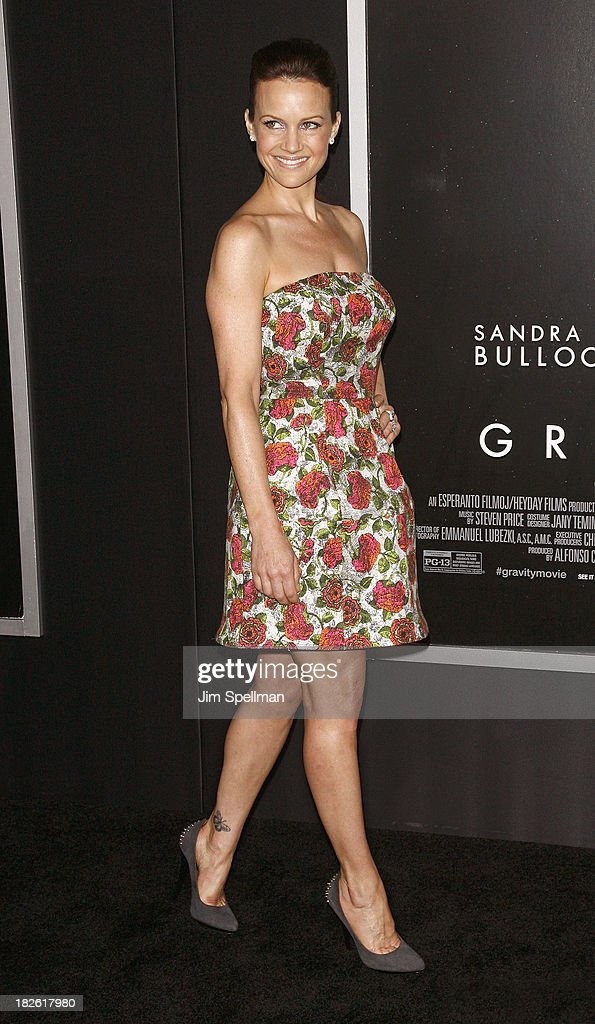 Actress <a gi-track='captionPersonalityLinkClicked' href=/galleries/search?phrase=Carla+Gugino&family=editorial&specificpeople=207137 ng-click='$event.stopPropagation()'>Carla Gugino</a> attends the 'Gravity' premiere at AMC Lincoln Square Theater on October 1, 2013 in New York City.