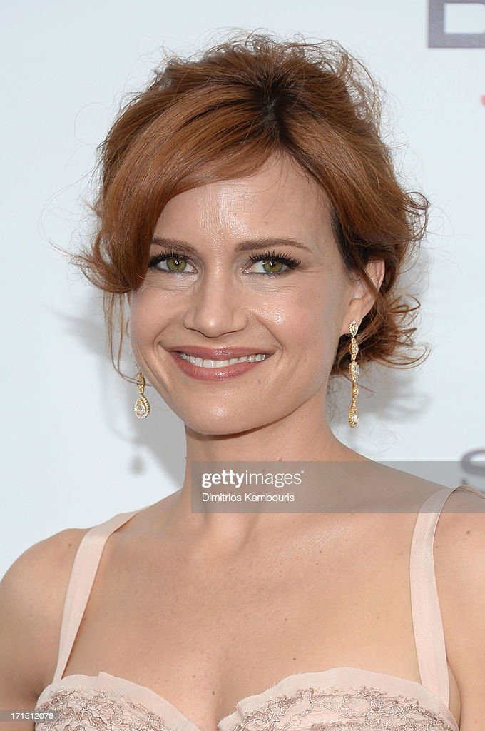 Actress Carla Gugino attends the 'White House Down' New York premiere at Ziegfeld Theater on June 25, 2013 in New York City.