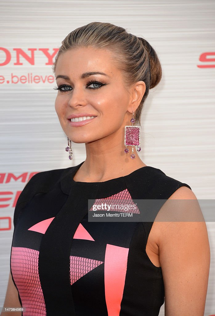 Actress <a gi-track='captionPersonalityLinkClicked' href=/galleries/search?phrase=Carmen+Electra&family=editorial&specificpeople=171242 ng-click='$event.stopPropagation()'>Carmen Electra</a> arrives at the premiere of Columbia Pictures' 'The Amazing Spider-Man' at the Regency Village Theatre on June 28, 2012 in Westwood, California.
