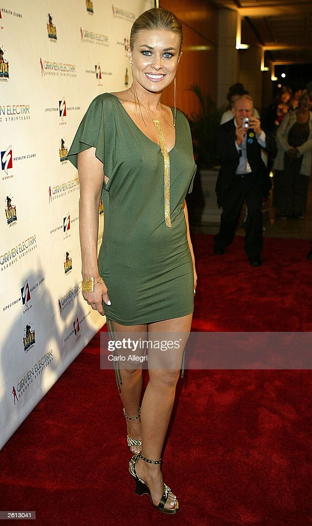 Actress Carmen Electra arrives for Carmen Electra's Aerobic Striptease DVD Launch Party October 17, 2003 in Santa Monica, California.