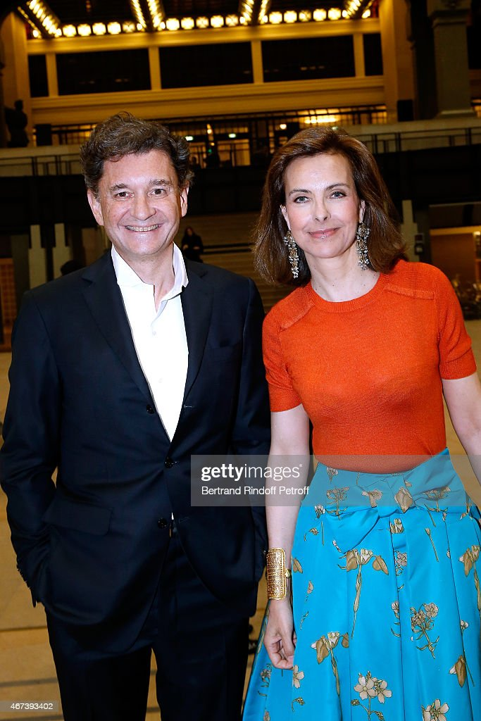 Actress <a gi-track='captionPersonalityLinkClicked' href=/galleries/search?phrase=Carole+Bouquet&family=editorial&specificpeople=208685 ng-click='$event.stopPropagation()'>Carole Bouquet</a> (R) and Philippe Sereys de Rothschild attend the 'Societe des Amis du Musee D'Orsay' : Dinner Party at Musee d'Orsay on March 23, 2015 in Paris, France.