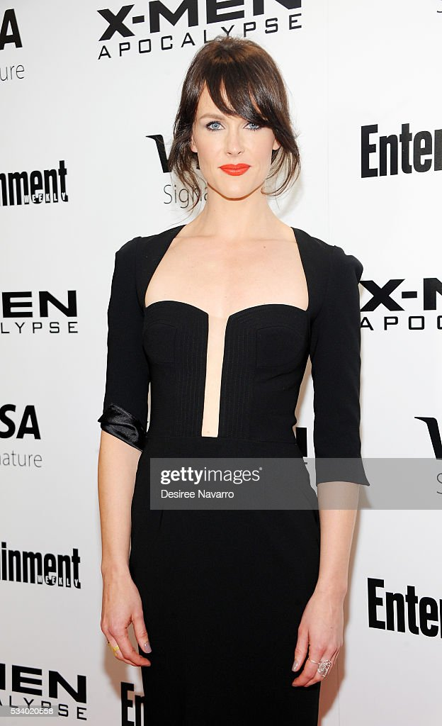 Actress Carolina Bartczak attends 'X-Men Apocalypse' New York Screening at Entertainment Weekly on May 24, 2016 in New York City.