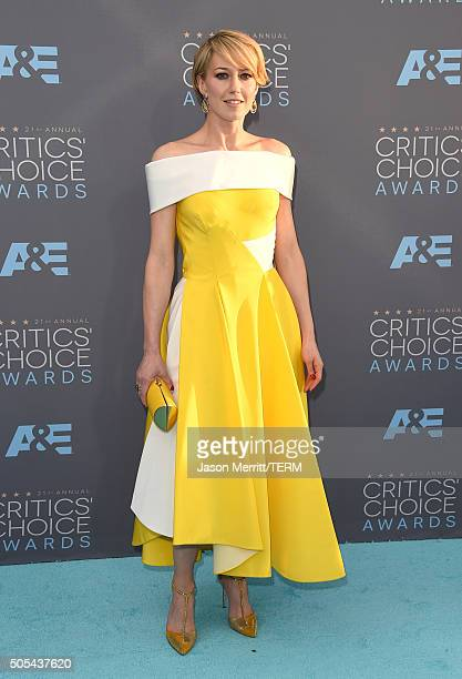 Actress Carrie Coon attends the 21st Annual Critics' Choice Awards at Barker Hangar on January 17 2016 in Santa Monica California