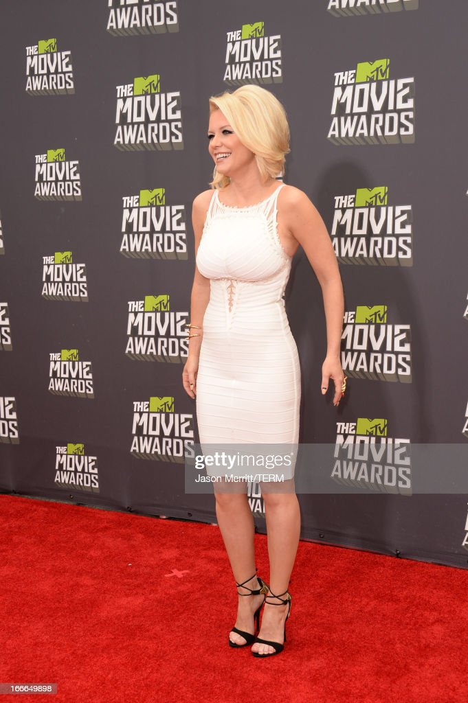 Actress Carrie Keagan arrives at the 2013 MTV Movie Awards at Sony Pictures Studios on April 14, 2013 in Culver City, California.