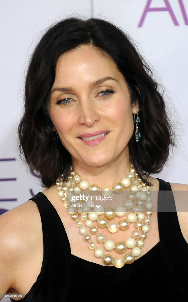 Actress Carrie-Anne Moss arrives for the 34th Annual People's Choice Awards - Arrivals held at Nokia Theater at L.A. Live on January 9, 2013 in Los Angeles, California.