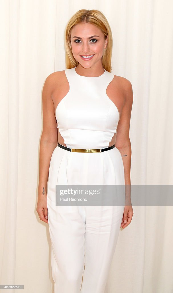 Actress <a gi-track='captionPersonalityLinkClicked' href=/galleries/search?phrase=Cassie+Scerbo&family=editorial&specificpeople=4436795 ng-click='$event.stopPropagation()'>Cassie Scerbo</a> attends 1st Annual UNICEF NextGen LA Photo Benefit at SkyBar at the Mondrian Los Angeles on May 1, 2014 in West Hollywood, California.