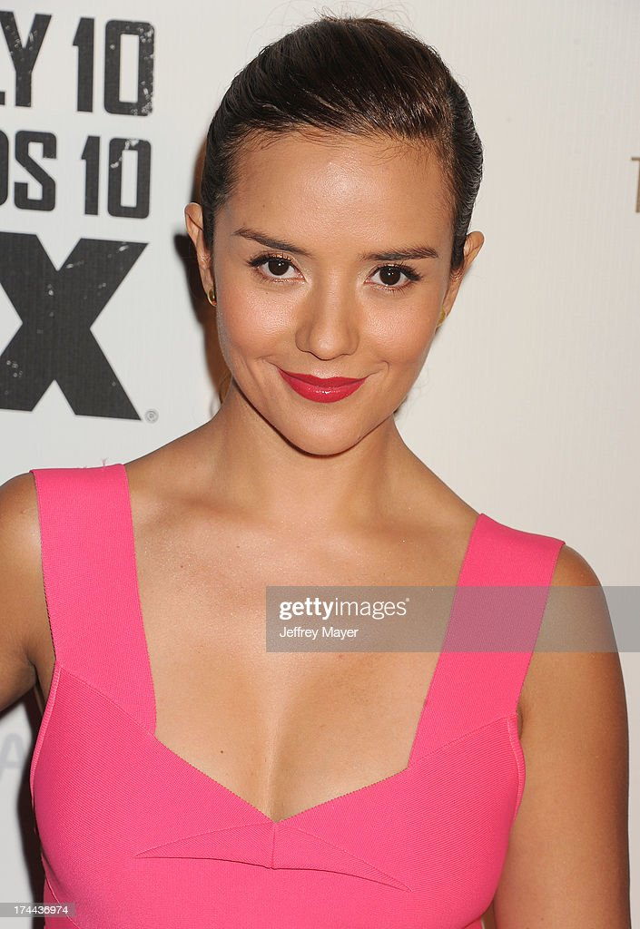 Actress <a gi-track='captionPersonalityLinkClicked' href=/galleries/search?phrase=Catalina+Sandino+Moreno&family=editorial&specificpeople=202051 ng-click='$event.stopPropagation()'>Catalina Sandino Moreno</a> arrives at the Series Premiere Of FX's 'The Bridge' at DGA Theater on July 8, 2013 in Los Angeles, California.