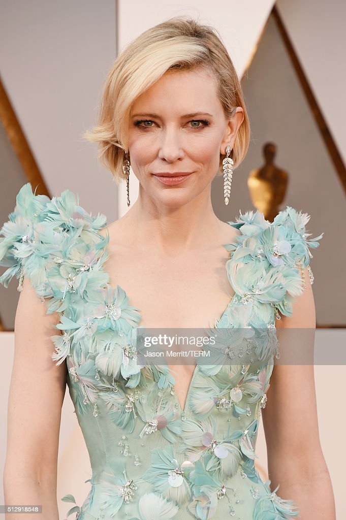 Actress <a gi-track='captionPersonalityLinkClicked' href=/galleries/search?phrase=Cate+Blanchett&family=editorial&specificpeople=201621 ng-click='$event.stopPropagation()'>Cate Blanchett</a> attends the 88th Annual Academy Awards at Hollywood & Highland Center on February 28, 2016 in Hollywood, California.