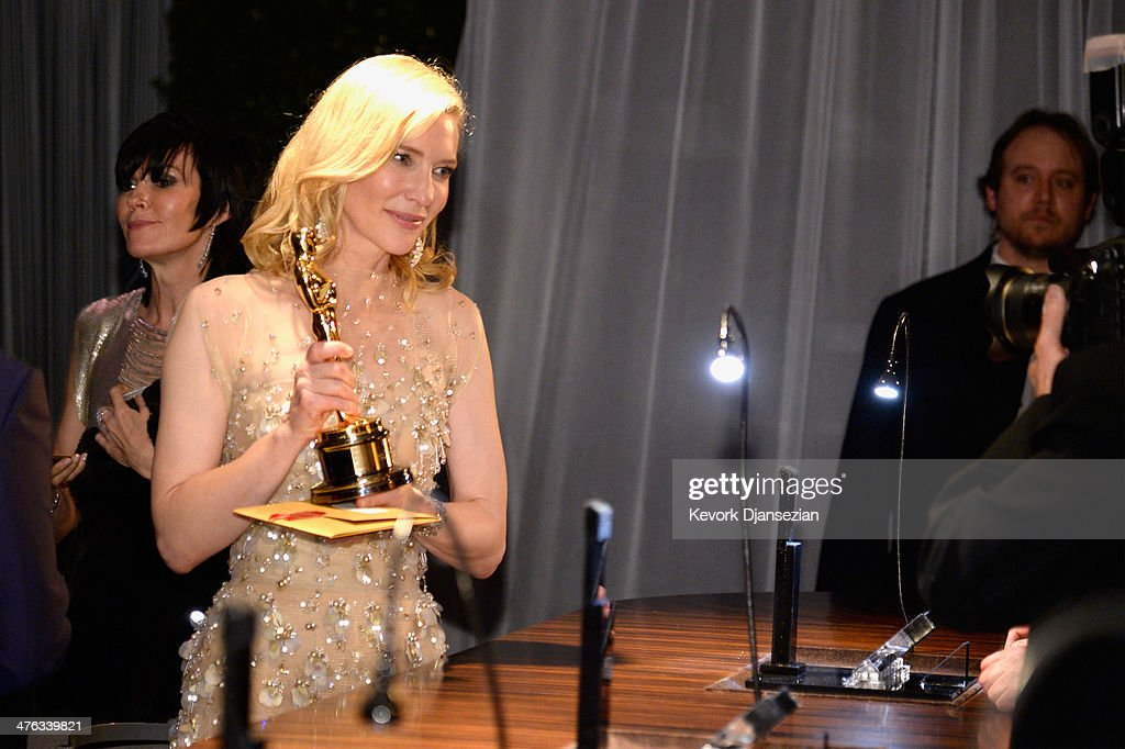 Actress <a gi-track='captionPersonalityLinkClicked' href=/galleries/search?phrase=Cate+Blanchett&family=editorial&specificpeople=201621 ng-click='$event.stopPropagation()'>Cate Blanchett</a> attends the Oscars Governors Ball at Hollywood & Highland Center on March 2, 2014 in Hollywood, California.