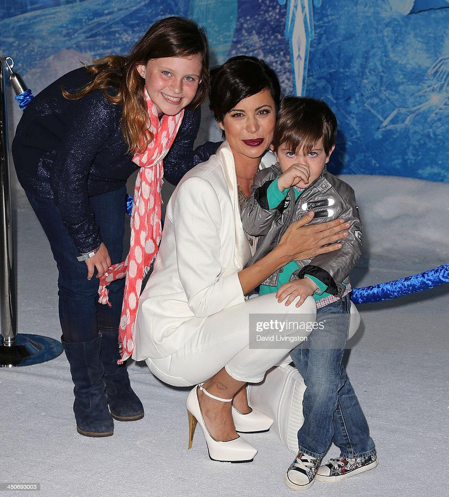 "Premiere Of Walt Disney Animation Studios' ""Frozen ..."