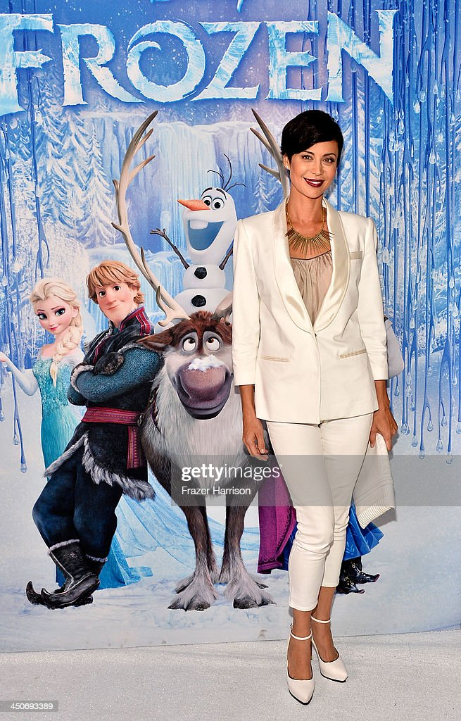 Actress <a gi-track='captionPersonalityLinkClicked' href=/galleries/search?phrase=Catherine+Bell&family=editorial&specificpeople=212729 ng-click='$event.stopPropagation()'>Catherine Bell</a> attends the premiere of Walt Disney Animation Studios' 'Frozen'at the El Capitan Theatre on November 19, 2013 in Hollywood, California.