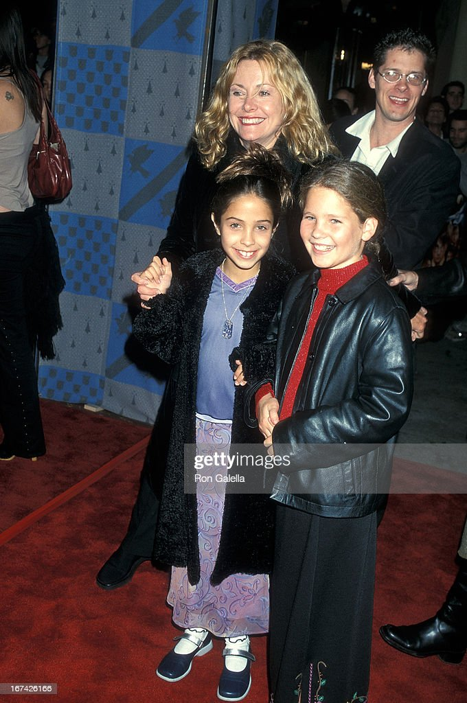 Actress Catherine Hicks and daughter Catie Yagher (left) attend the 'Harry Potter and the Sorcerer's Stone' Westwood Premiere on November 14, 2001 at the Mann Village Theatre in Westwood, California.