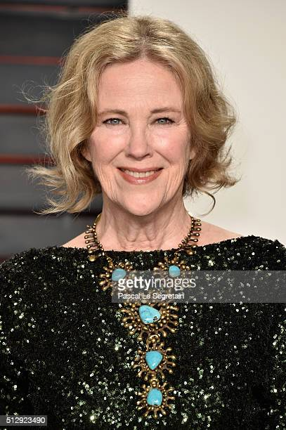 Actress Catherine O'Hara attends the 2016 Vanity Fair Oscar Party Hosted By Graydon Carter at the Wallis Annenberg Center for the Performing Arts on...