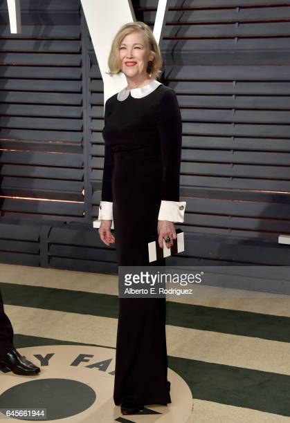 Actress Catherine O'Hara attends the 2017 Vanity Fair Oscar Party hosted by Graydon Carter at Wallis Annenberg Center for the Performing Arts on...