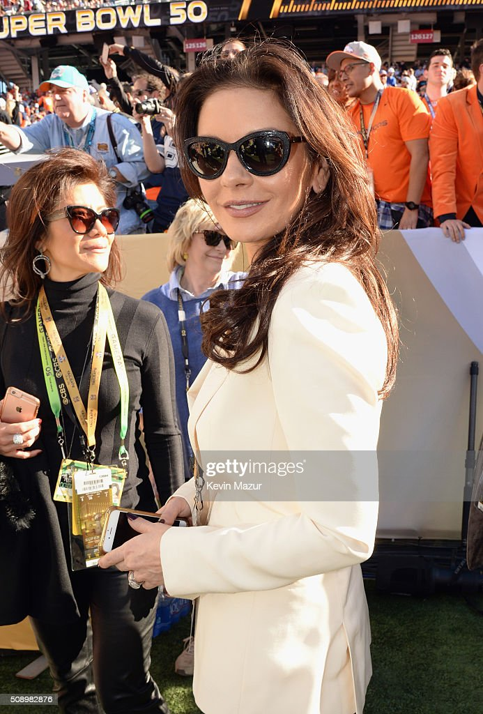 Actress Catherine Zeta-Jones attends Super Bowl 50 at Levi's Stadium on February 7, 2016 in Santa Clara, California.