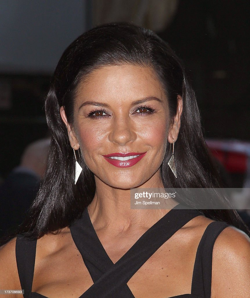 Actress <a gi-track='captionPersonalityLinkClicked' href=/galleries/search?phrase=Catherine+Zeta-Jones&family=editorial&specificpeople=167111 ng-click='$event.stopPropagation()'>Catherine Zeta-Jones</a> attends The Cinema Society & Bally screening of Summit Entertainment's 'Red 2' at the Museum of Modern Art on July 16, 2013 in New York City.