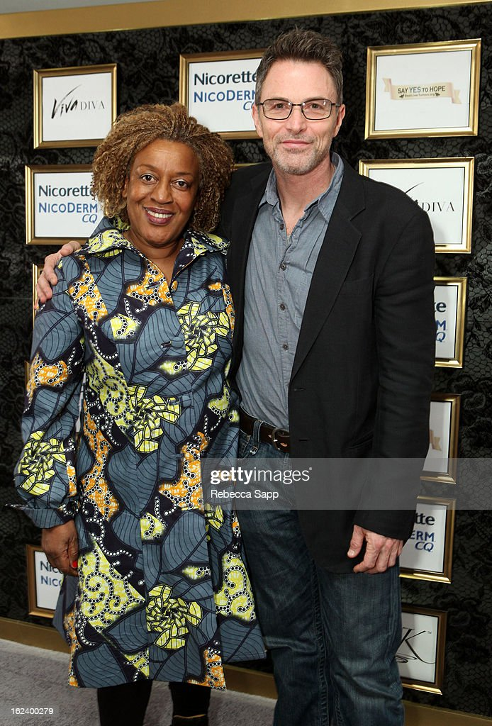 Actress <a gi-track='captionPersonalityLinkClicked' href=/galleries/search?phrase=CCH+Pounder&family=editorial&specificpeople=208886 ng-click='$event.stopPropagation()'>CCH Pounder</a> and actor <a gi-track='captionPersonalityLinkClicked' href=/galleries/search?phrase=Tim+Daly&family=editorial&specificpeople=206405 ng-click='$event.stopPropagation()'>Tim Daly</a> at GBK's Oscars Gift Lounge 2013 - Day 1 at Sofitel Hotel on February 22, 2013 in Los Angeles, California.