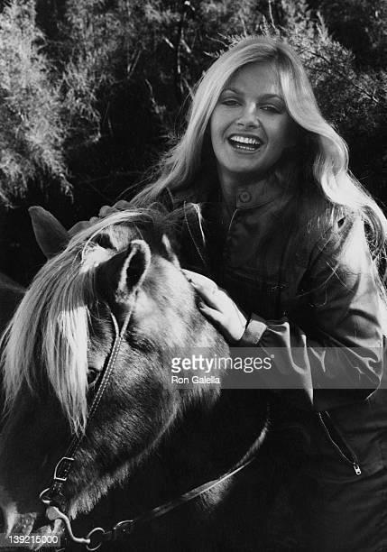 Actress Charlene Tilton being photographed ballooing on September 22 1979 in Lancaster California