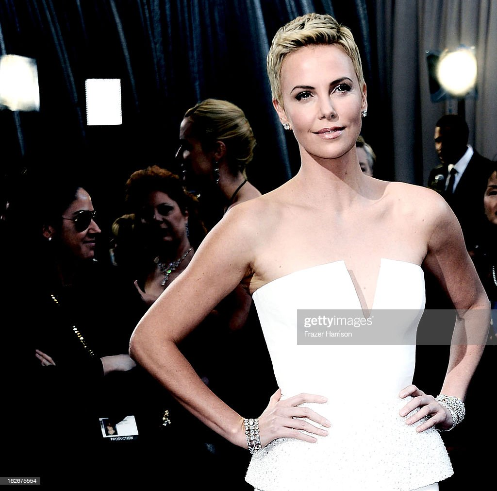 Actress Charlize Theron arrives at the 85th Annual Academy Awards at Hollywood & Highland Center on February 24, 2013 in Hollywood, California.