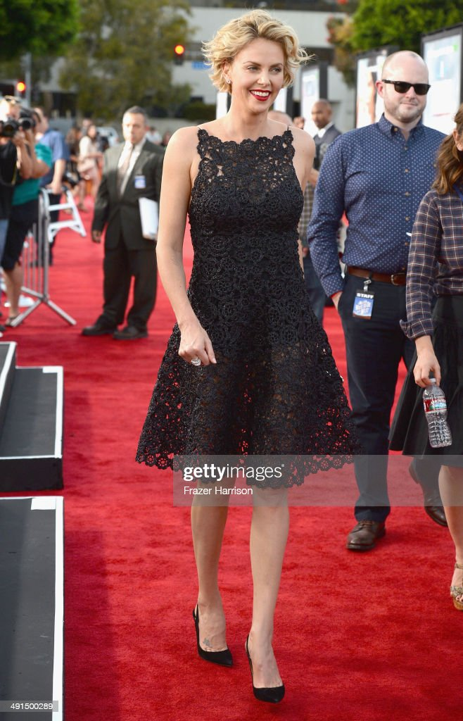 Actress Charlize Theron arrives at the Premiere Of Universal Pictures And MRC's 'A Million Ways To Die In The West' at Regency Village Theatre on May 15, 2014 in Westwood, California.