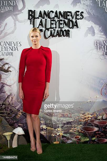 Actress Charlize Theron attends 'Snow White and the Huntsman' photocall at Casa de America on May 17 2012 in Madrid Spain