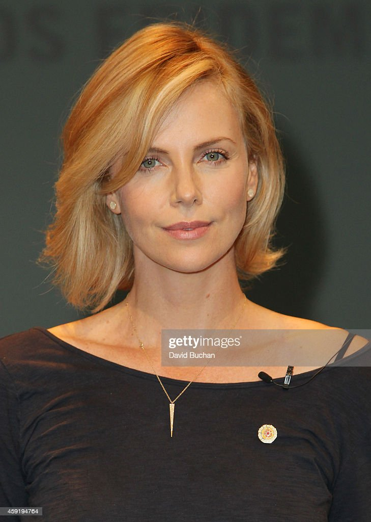 Actress <a gi-track='captionPersonalityLinkClicked' href=/galleries/search?phrase=Charlize+Theron&family=editorial&specificpeople=171250 ng-click='$event.stopPropagation()'>Charlize Theron</a> attends the launch of UNAIDS New Fast Track Report ahead of World AIDS Day 2014 at UCLA on November 18, 2014 in Los Angeles, California.