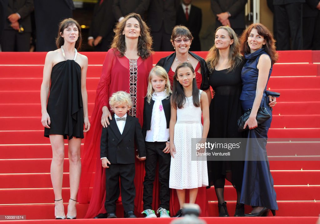 Actress Charlotte Gainsbourg, director Julie Bertucelli, actor Gabriel Gotting, actress Morgana Davies, producer Sue Taylor, actress Zoe Boe, guest and producer Yael Fogiel attend 'The Tree' Premiere held at the Palais des Festivals during the 63rd Annual International Cannes Film Festival on May 23, 2010 in Cannes, France.
