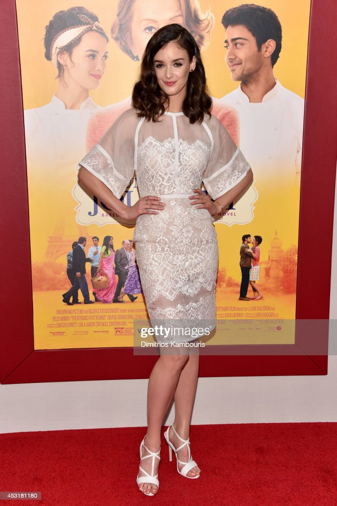 Actress <a gi-track='captionPersonalityLinkClicked' href=/galleries/search?phrase=Charlotte+Le+Bon&family=editorial&specificpeople=7162691 ng-click='$event.stopPropagation()'>Charlotte Le Bon</a> attends the 'The Hundred-Foot Journey' New York premiere at Ziegfeld Theater on August 4, 2014 in New York City.