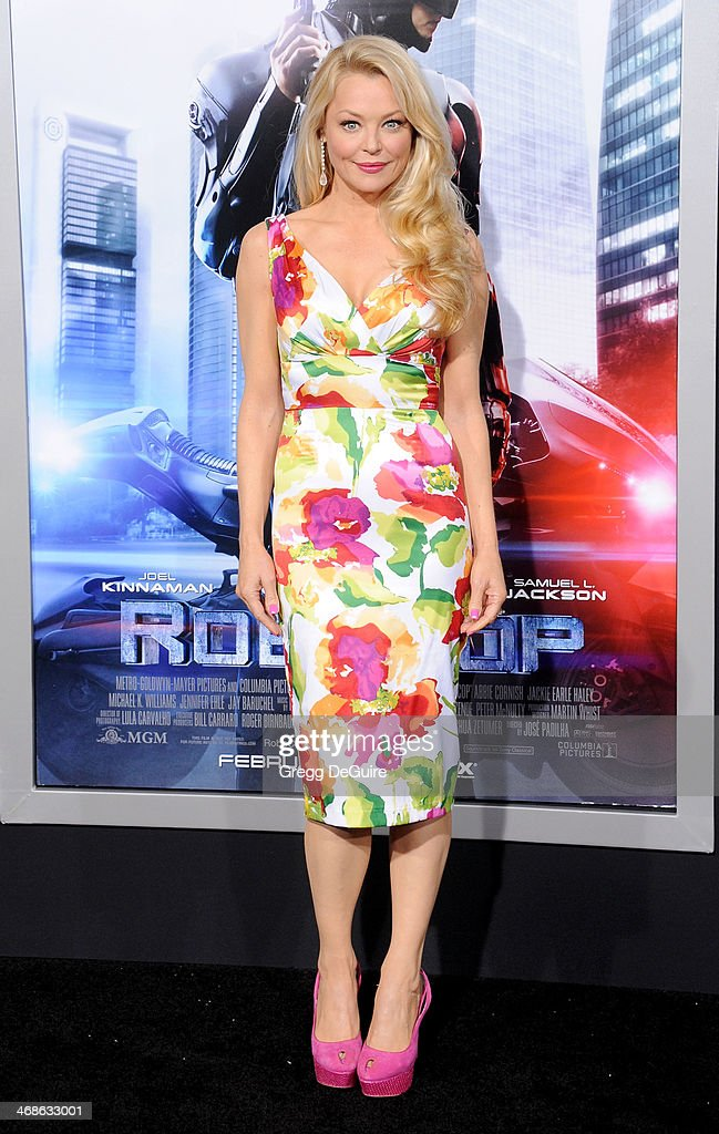 Actress <a gi-track='captionPersonalityLinkClicked' href=/galleries/search?phrase=Charlotte+Ross&family=editorial&specificpeople=217600 ng-click='$event.stopPropagation()'>Charlotte Ross</a> arrives at the Los Angeles premiere of 'Robocop' at TCL Chinese Theatre on February 10, 2014 in Hollywood, California.