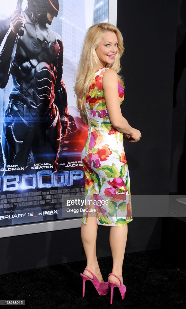 Actress <a gi-track='captionPersonalityLinkClicked' href=/galleries/search?phrase=Charlotte+Ross+-+Actress&family=editorial&specificpeople=217600 ng-click='$event.stopPropagation()'>Charlotte Ross</a> arrives at the Los Angeles premiere of 'Robocop' at TCL Chinese Theatre on February 10, 2014 in Hollywood, California.