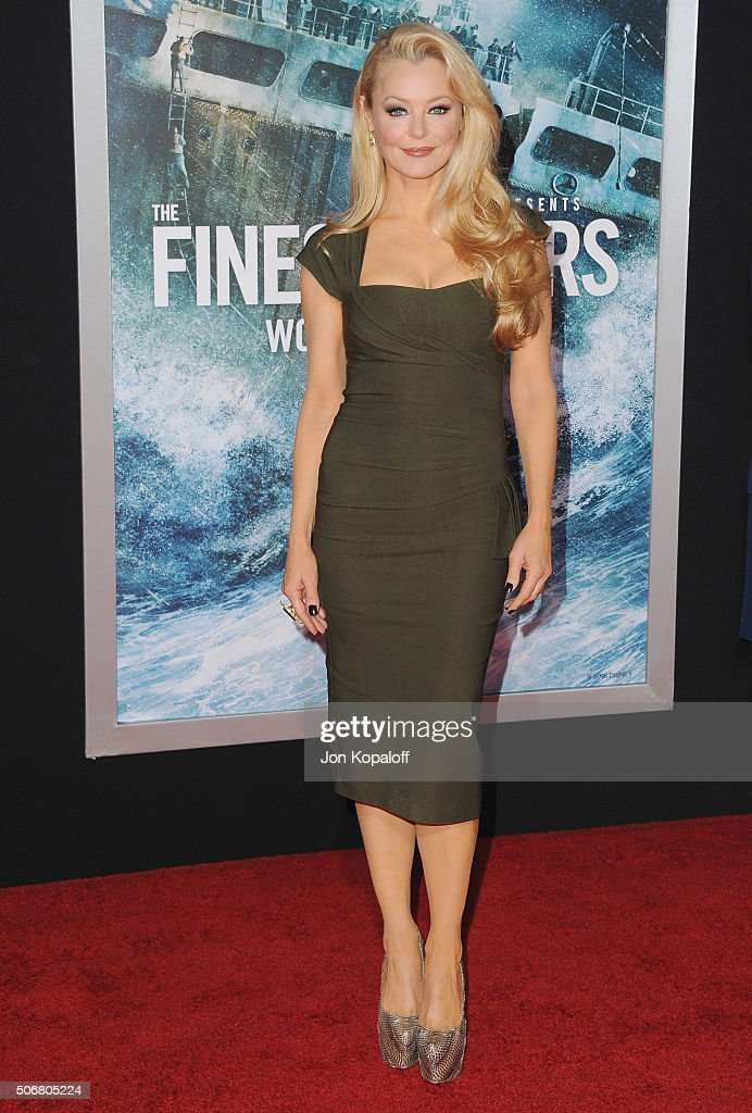 Actress <a gi-track='captionPersonalityLinkClicked' href=/galleries/search?phrase=Charlotte+Ross+-+Actress&family=editorial&specificpeople=217600 ng-click='$event.stopPropagation()'>Charlotte Ross</a> arrives at the Los Angeles Premiere 'The Finest Hours' at TCL Chinese Theatre on January 25, 2016 in Hollywood, California.