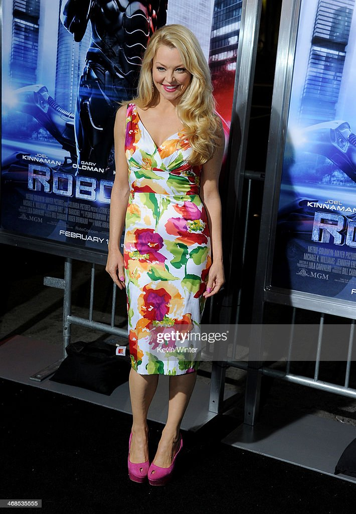 Actress <a gi-track='captionPersonalityLinkClicked' href=/galleries/search?phrase=Charlotte+Ross+-+Actress&family=editorial&specificpeople=217600 ng-click='$event.stopPropagation()'>Charlotte Ross</a> arrives at the premiere of Columbia Pictures' 'Robocop' at TCL Chinese Theatre on February 10, 2014 in Hollywood, California.