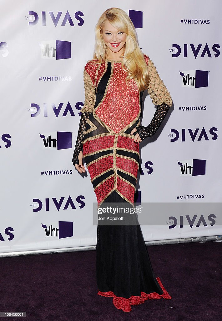 Actress Charlotte Ross arrives at the 'VH1 Divas' 2012 at The Shrine Auditorium on December 16, 2012 in Los Angeles, California.