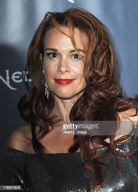 Chase Masterson Nude Photos 11