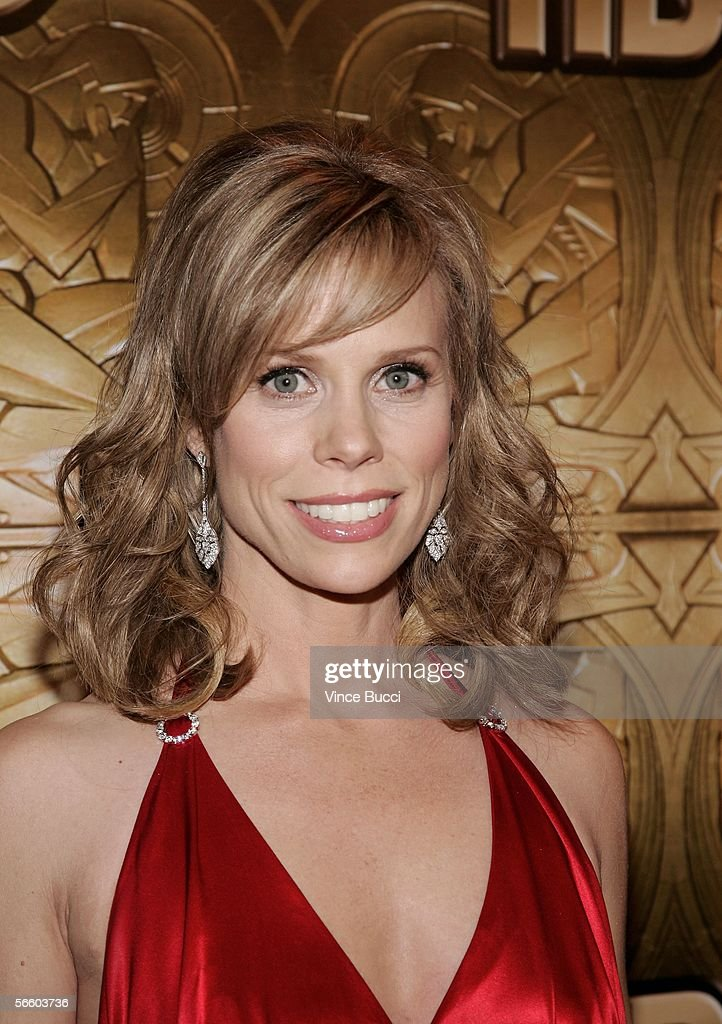 Actress Cheryl Hines arrives at the HBO Golden Globe after party held at the Beverly Hilton on January 16, 2006 in Beverly Hills, California.