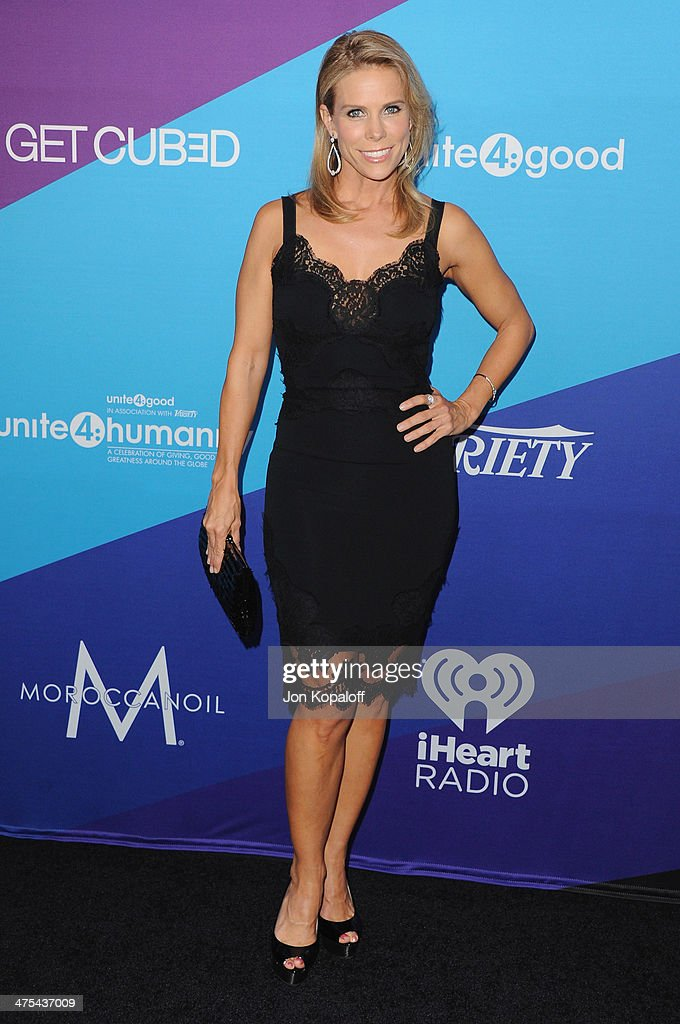Actress <a gi-track='captionPersonalityLinkClicked' href=/galleries/search?phrase=Cheryl+Hines&family=editorial&specificpeople=209249 ng-click='$event.stopPropagation()'>Cheryl Hines</a> arrives at Unite4good And Variety Host 1st Annual Unite4:humanity Event on February 27, 2014 in Los Angeles, California.