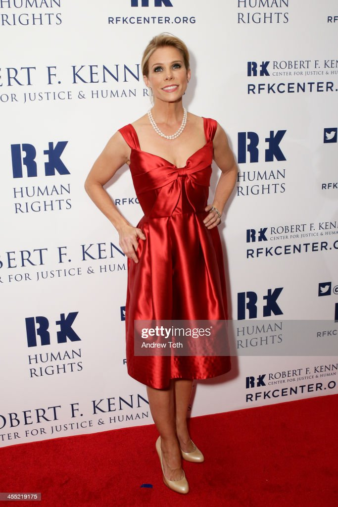 Actress <a gi-track='captionPersonalityLinkClicked' href=/galleries/search?phrase=Cheryl+Hines&family=editorial&specificpeople=209249 ng-click='$event.stopPropagation()'>Cheryl Hines</a> attends 2013 Ripple of Hope Awards Dinner at New York Hilton on December 11, 2013 in New York City.