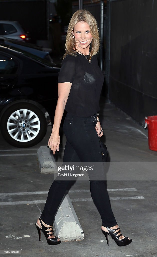 Actress <a gi-track='captionPersonalityLinkClicked' href=/galleries/search?phrase=Cheryl+Hines&family=editorial&specificpeople=209249 ng-click='$event.stopPropagation()'>Cheryl Hines</a> attends the Groundlings 40th Anniversary Gala at Hyde Lounge on June 1, 2014 in West Hollywood, California.