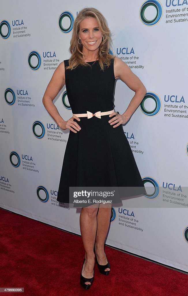 Actress Cheyl Hines attends An Evening of Environmental Excellence presented by the UCLA Institute of the Environment and Sustainability on March 21, 2014 in Beverly Hills, California.