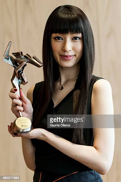 Actress Chiaki Kuriyama of Japan poses on with the Rising Star of Asia award on March 24 2014 in Hong Kong Hong Kong