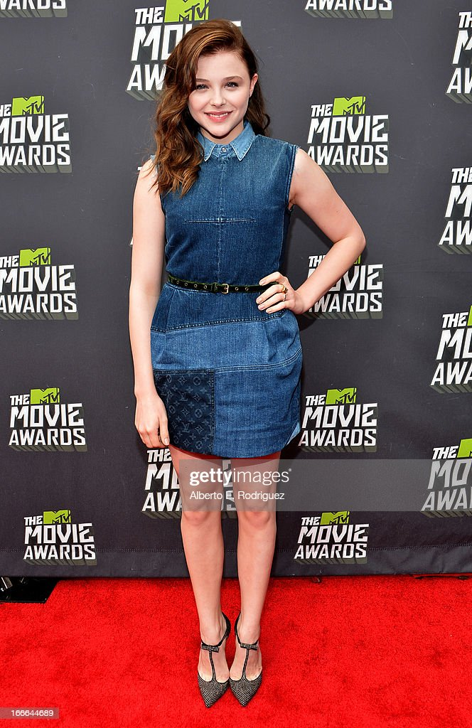 Actress Chloe Grace Moretz arrives at the 2013 MTV Movie Awards at Sony Pictures Studios on April 14, 2013 in Culver City, California.