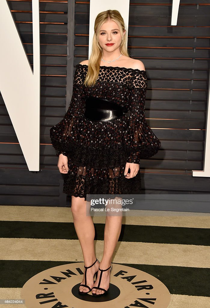 Actress Chloe Grace Moretz attends the 2015 Vanity Fair Oscar Party hosted by Graydon Carter at Wallis Annenberg Center for the Performing Arts on February 22, 2015 in Beverly Hills, California.