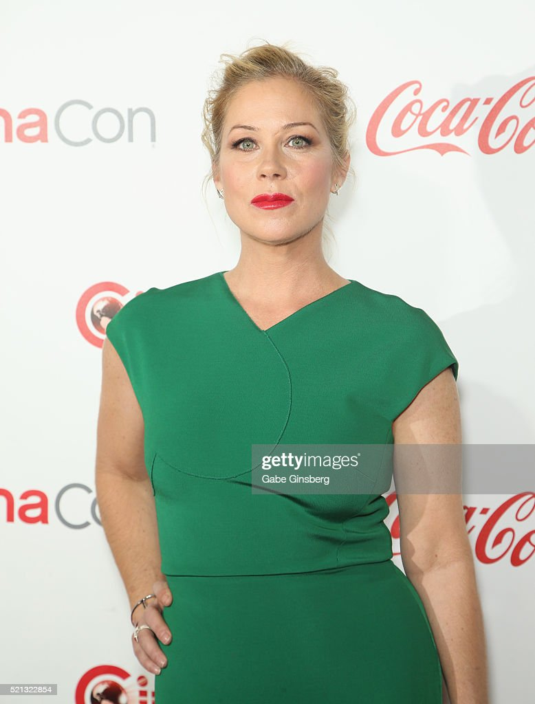 Actress Christina Applegate one of the recipients of the Female Stars of the Year Award attends the CinemaCon Big Screen Achievement Awards at Omnia...