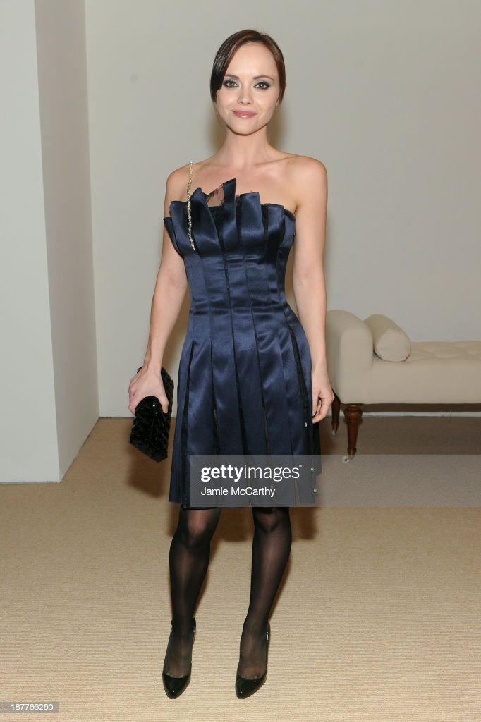 Actress <a gi-track='captionPersonalityLinkClicked' href=/galleries/search?phrase=Christina+Ricci&family=editorial&specificpeople=239510 ng-click='$event.stopPropagation()'>Christina Ricci</a> attends CFDA and Vogue 2013 Fashion Fund Finalists Celebration at Spring Studios on November 11, 2013 in New York City.