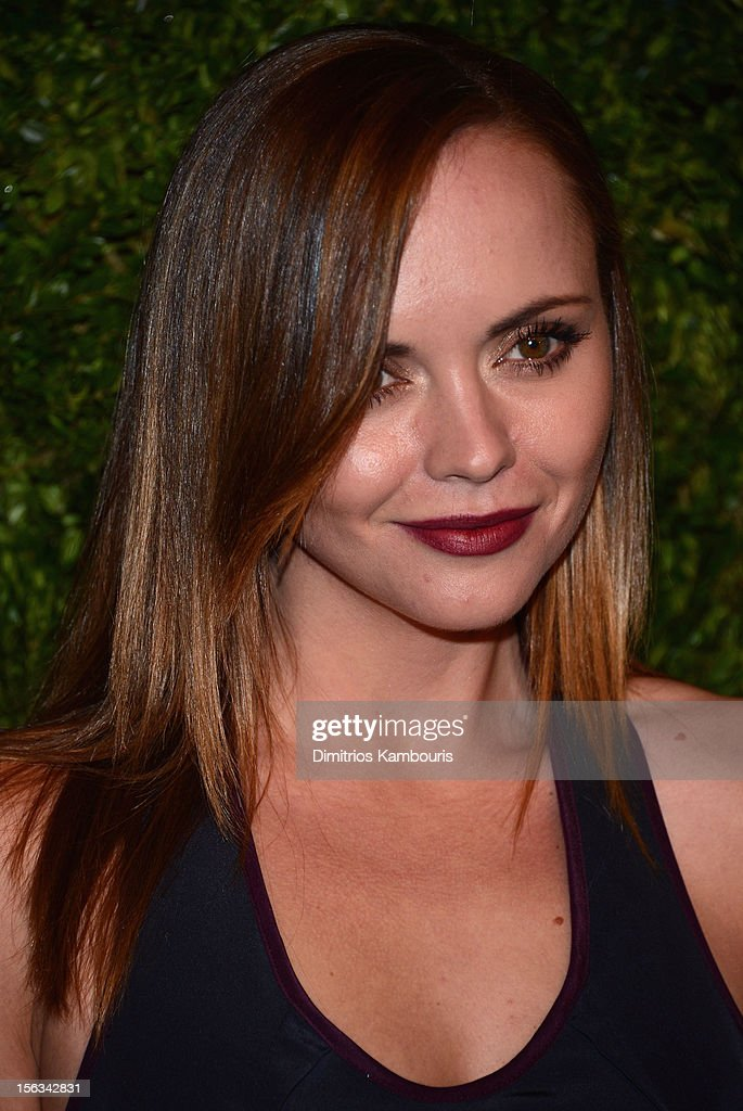 Actress <a gi-track='captionPersonalityLinkClicked' href=/galleries/search?phrase=Christina+Ricci&family=editorial&specificpeople=239510 ng-click='$event.stopPropagation()'>Christina Ricci</a> attends The Ninth Annual CFDA/Vogue Fashion Fund Awards at 548 West 22nd Street on November 13, 2012 in New York City.