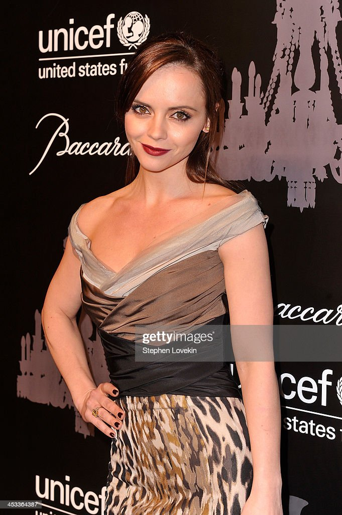 Actress <a gi-track='captionPersonalityLinkClicked' href=/galleries/search?phrase=Christina+Ricci&family=editorial&specificpeople=239510 ng-click='$event.stopPropagation()'>Christina Ricci</a> attends The Ninth Annual UNICEF Snowflake Ball at Cipriani, Wall Street on December 3, 2013 in New York City.